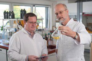 Qualitätskontrolle im hauseigenen Labor