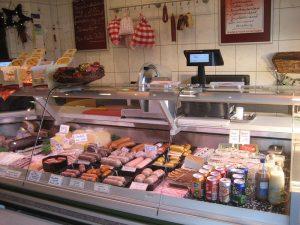 Feine Wurstwaren aus handwerklicher Fleischerproduktion.